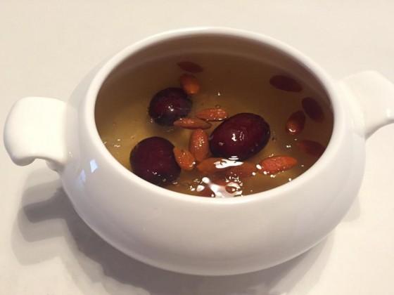 红枣枸杞燕窝