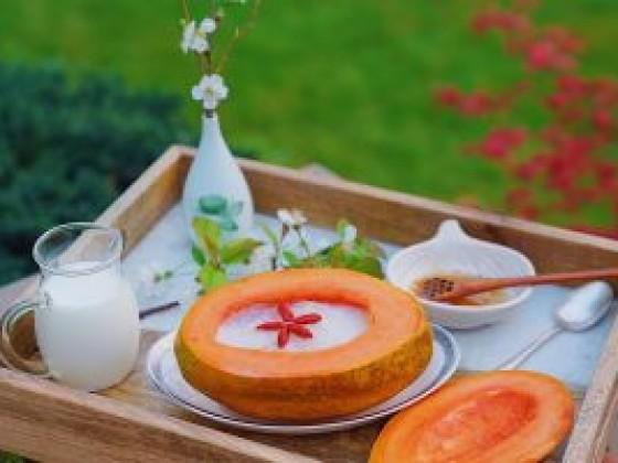红枣枸杞木瓜炖燕窝的做法