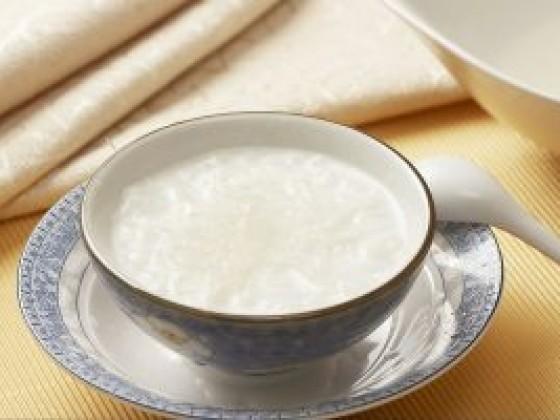 牛奶白果燕窝做法