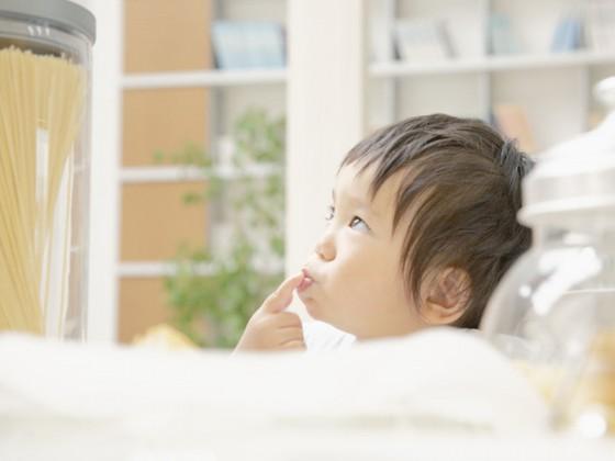 小孩早上吃燕窝好还是晚上吃