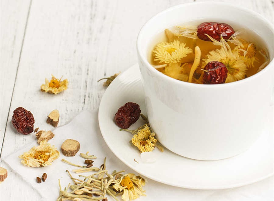 甘草泡茶有没有美白作用