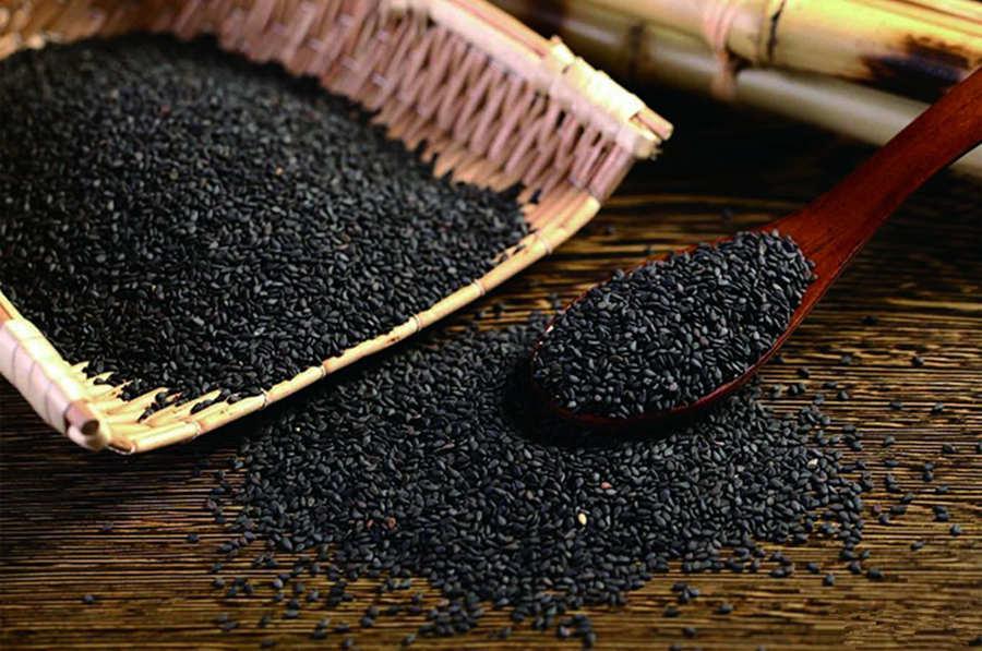 黑芝麻炖燕窝的功效