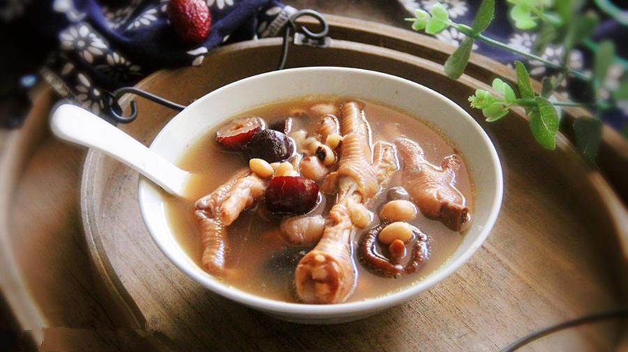 孕妇吃的猪蹄汤怎么做好吃