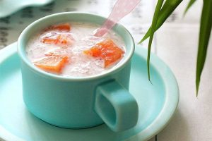红枣木瓜牛奶炖燕窝的做法