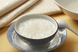 牛奶炖莲子燕窝的做法