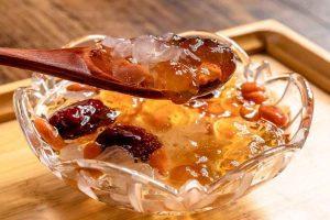阿胶红枣炖燕窝的做法