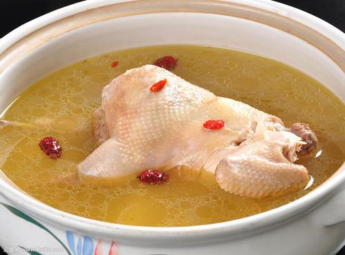 燕窝炖土鸡汤可以吗